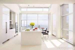 دکوراسیون آشپزخانه با وسایل سفید رنگ