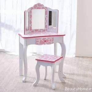 میز آرایش با طرح سفید و صورتی