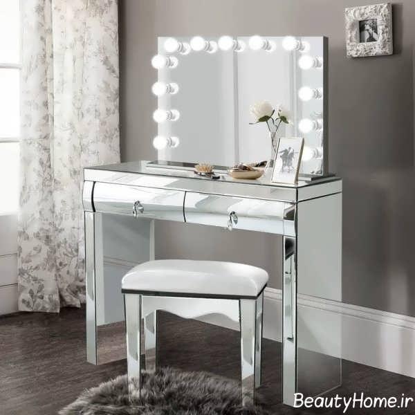 میز آرایش با نورپردازی