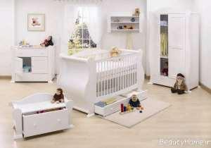 تخت خواب سفید برای نوزاد