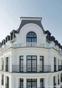 نمای سفید ساختمان