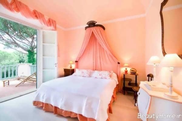 اتاق خواب سفید و گلبهی