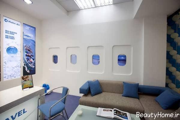 دکوراسیون آبی و سفید آژانس هواپیمایی