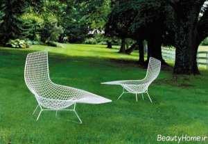 صندلی سفید مخصوص استخر