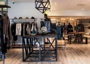 طراحی داخلی مغازه لباس فروشی