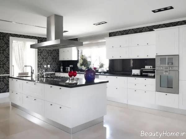 دکوراسیون آشپزخانه سفید و مشکی