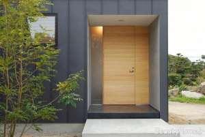 درب ورودی برای ساختمان