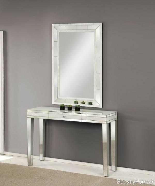 آینه و کنسول مدرن و ساده