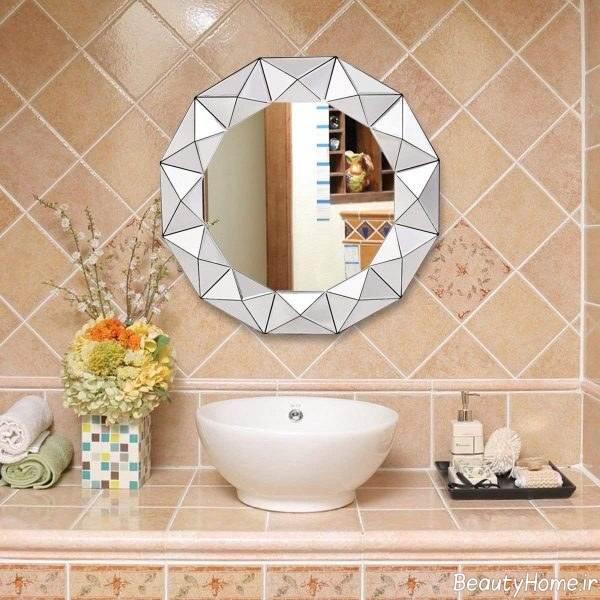 تزئین دیوار سرویس بهداشتی به کمک آینه