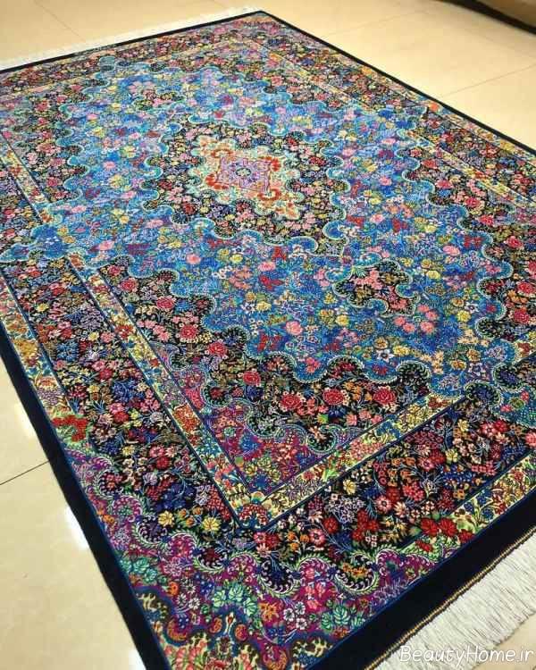 فرش زیبا و طرح دار ایرانی