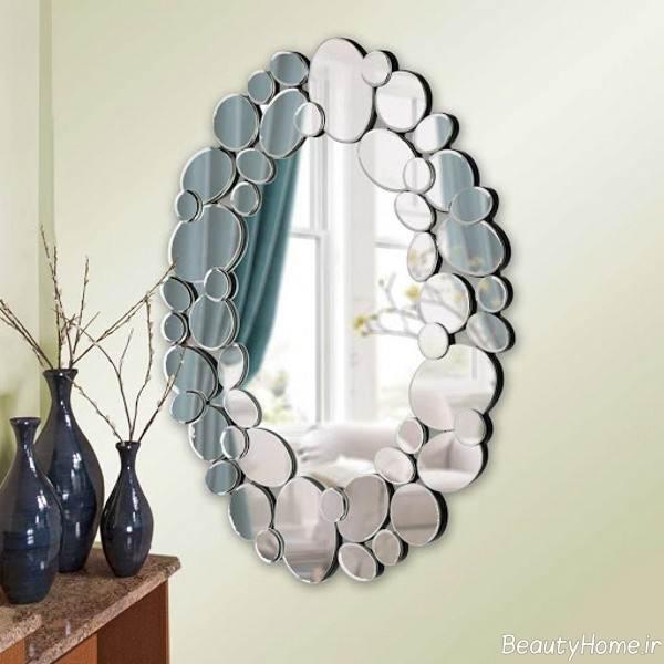 تزیین شیک دیوار پذیرایی با آینه