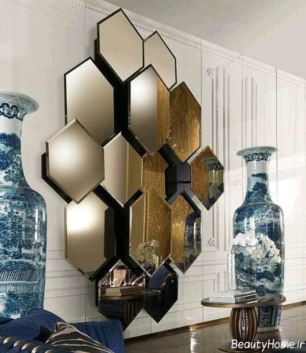 تزیین دیوار سالن پذیرایی با آینه