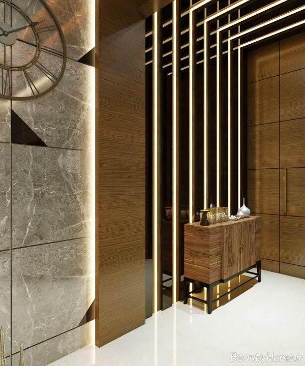 طراحی داخلی راهرو ورودی منزل با پنل چوبی