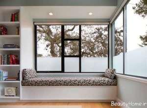 پنجره زیبا و بزرگ