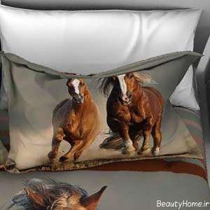 روبالشی با طرح اسب