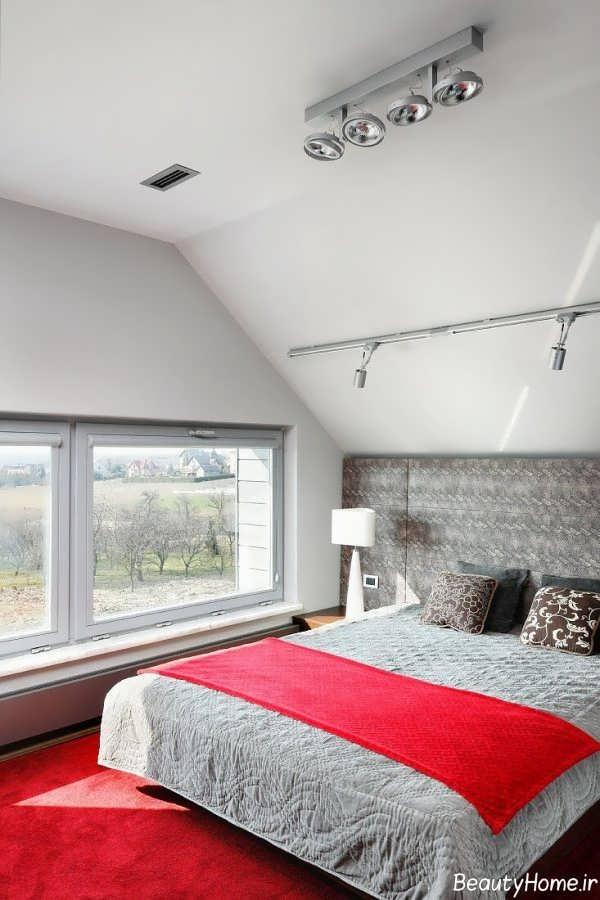 دکوراسیون شیک اتاق خواب با فرش قرمز