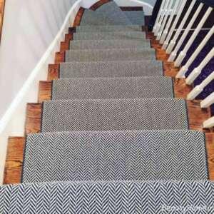فرش ساده برای راه پله