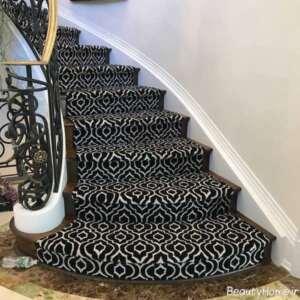 فرش طرح دار مخصوص راه پله