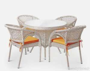 میز و صندلی زیبا برای تراس