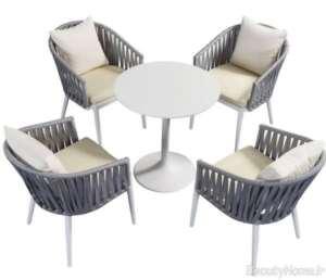 میز و صندلی دو رنگ برای فضای باز
