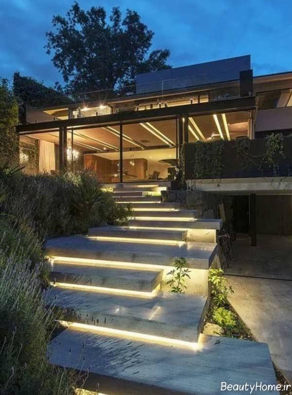 نورپردازی راه پله های حیاط