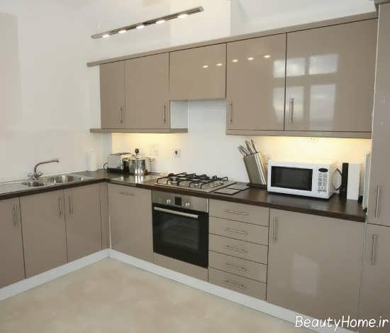 طرح کابینت آشپزخانه رنگ روشن