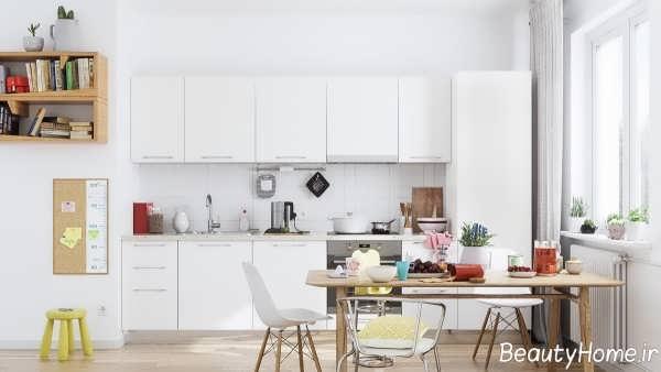 طراحی داخلی آشپزخانه خطی و سفید