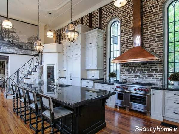 طراحی دکوراسیون آشپزخانه با دیوار آجری