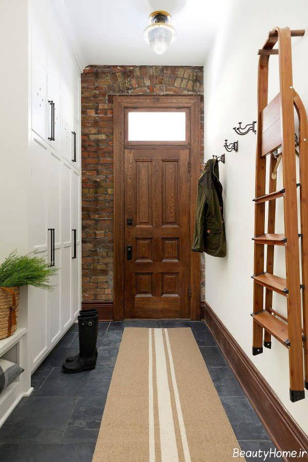 دیوار آجری در طراحی داخلی راهرو ورودی